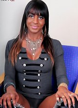 Shemale cum, sexy black tranny